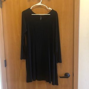 Francesca's size medium black swing dress